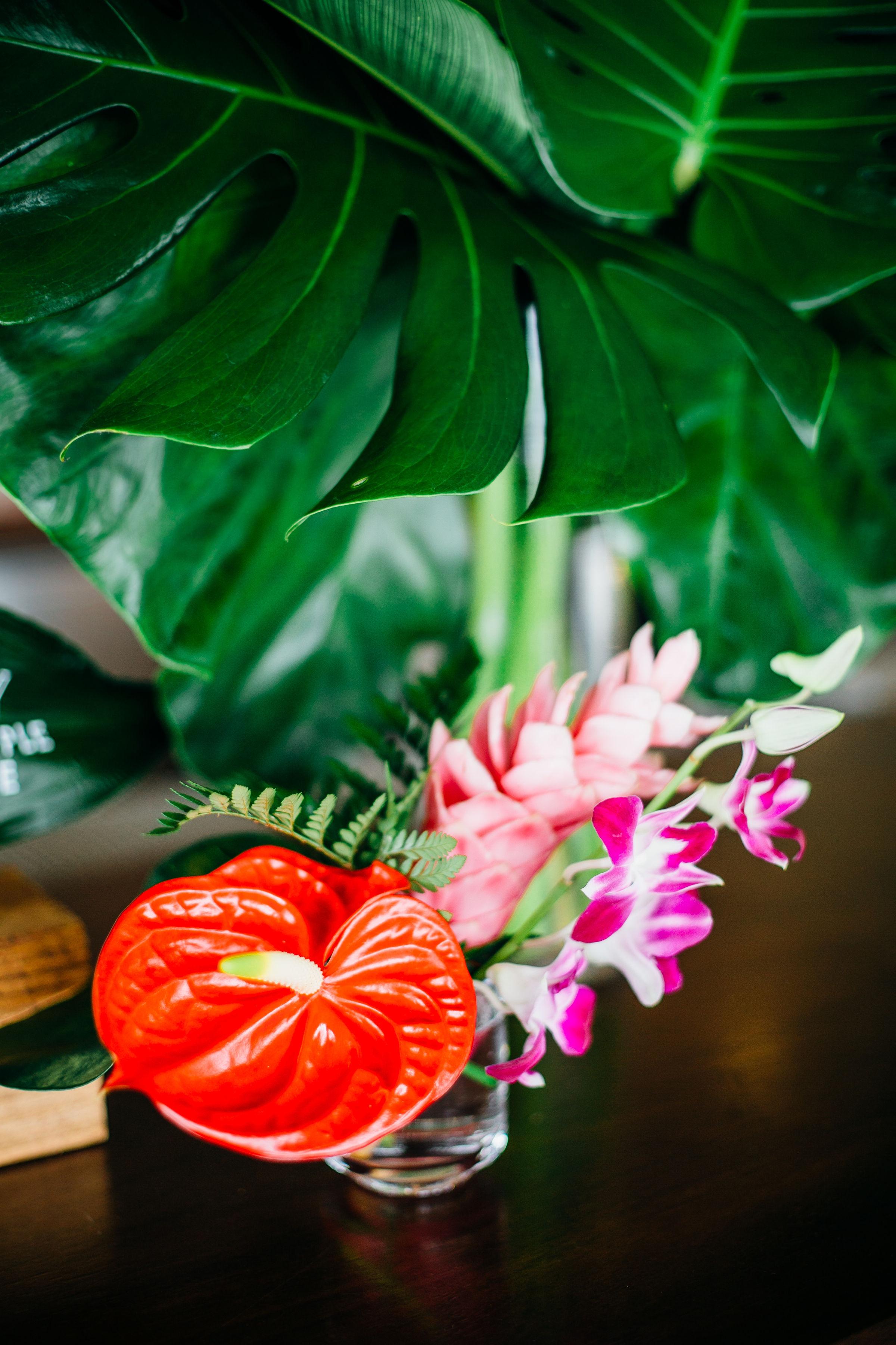 antherium bud vase.jpg