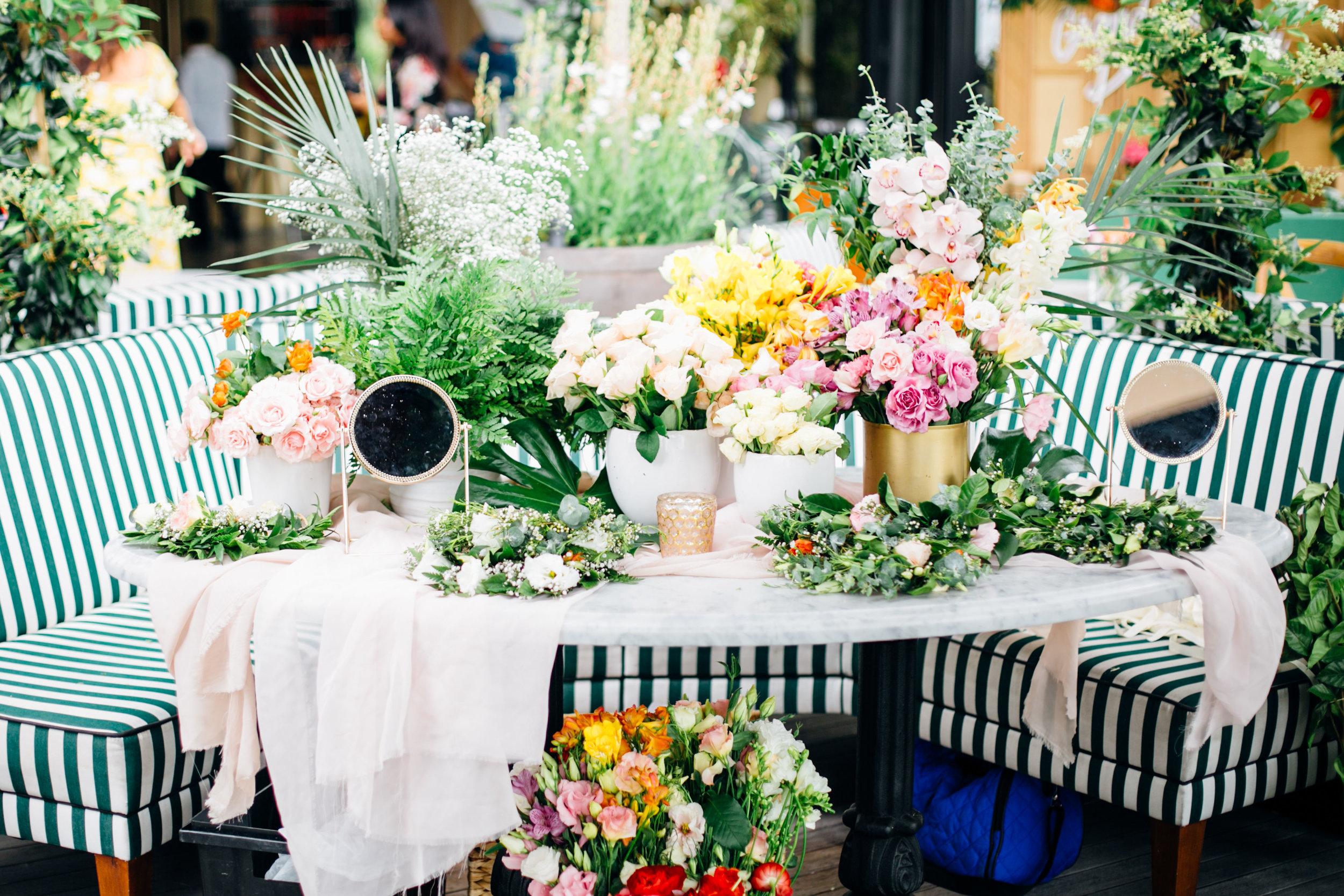 floral crown table.jpg