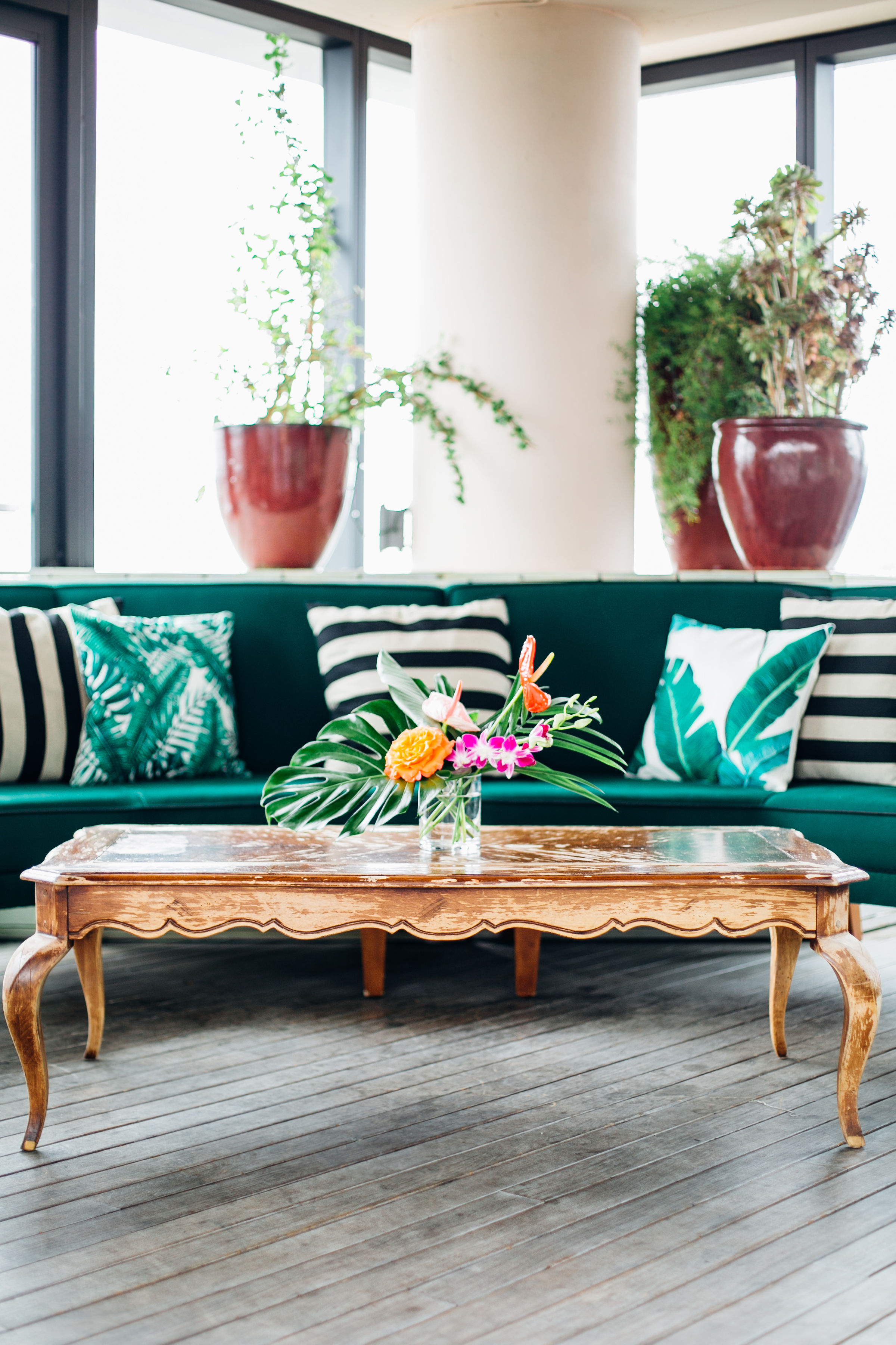 tropical lounge seating.jpg