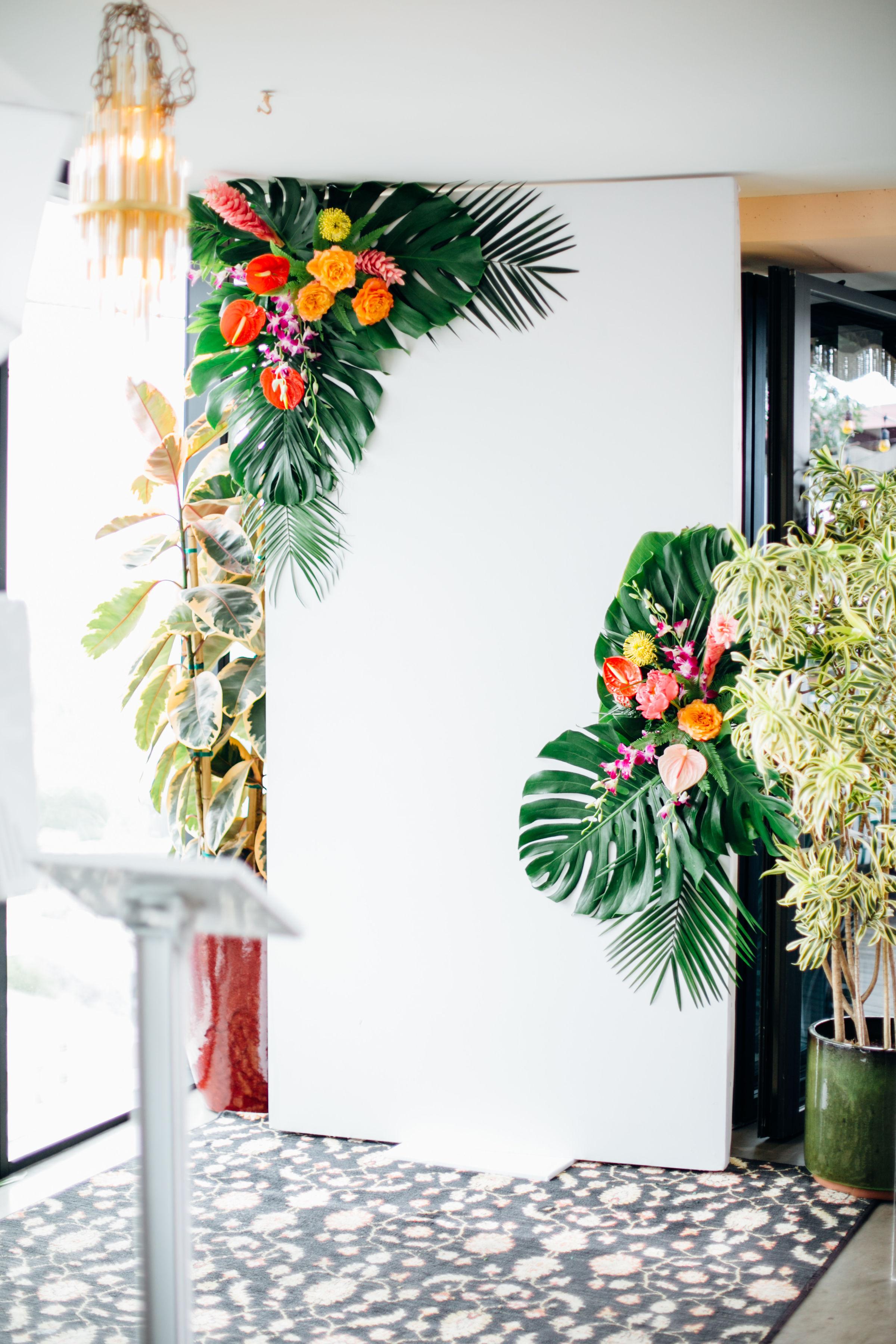 tropical photo booth.jpg