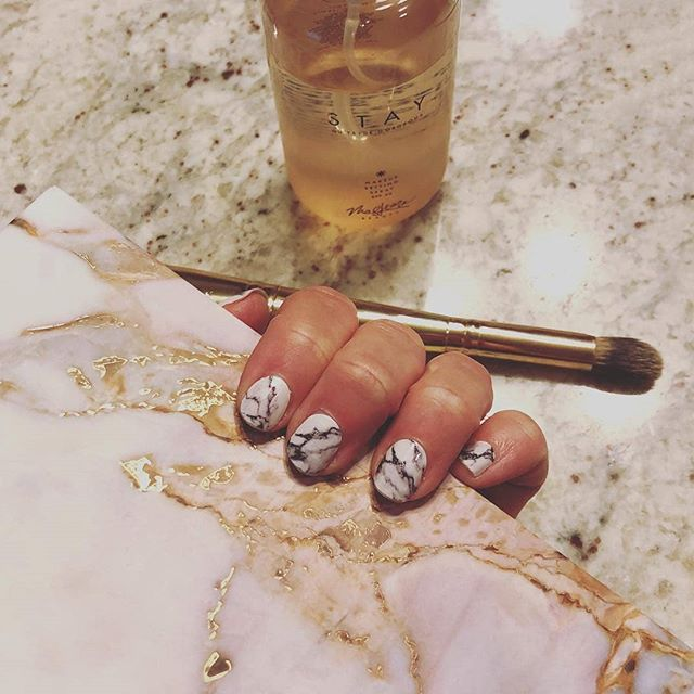 "A pretty snapshot of marbled, always on-trend ""Stone Cold"" (📷: @maleribeauty) #coconutnailart #incoco #marblenails #walmartstyle"
