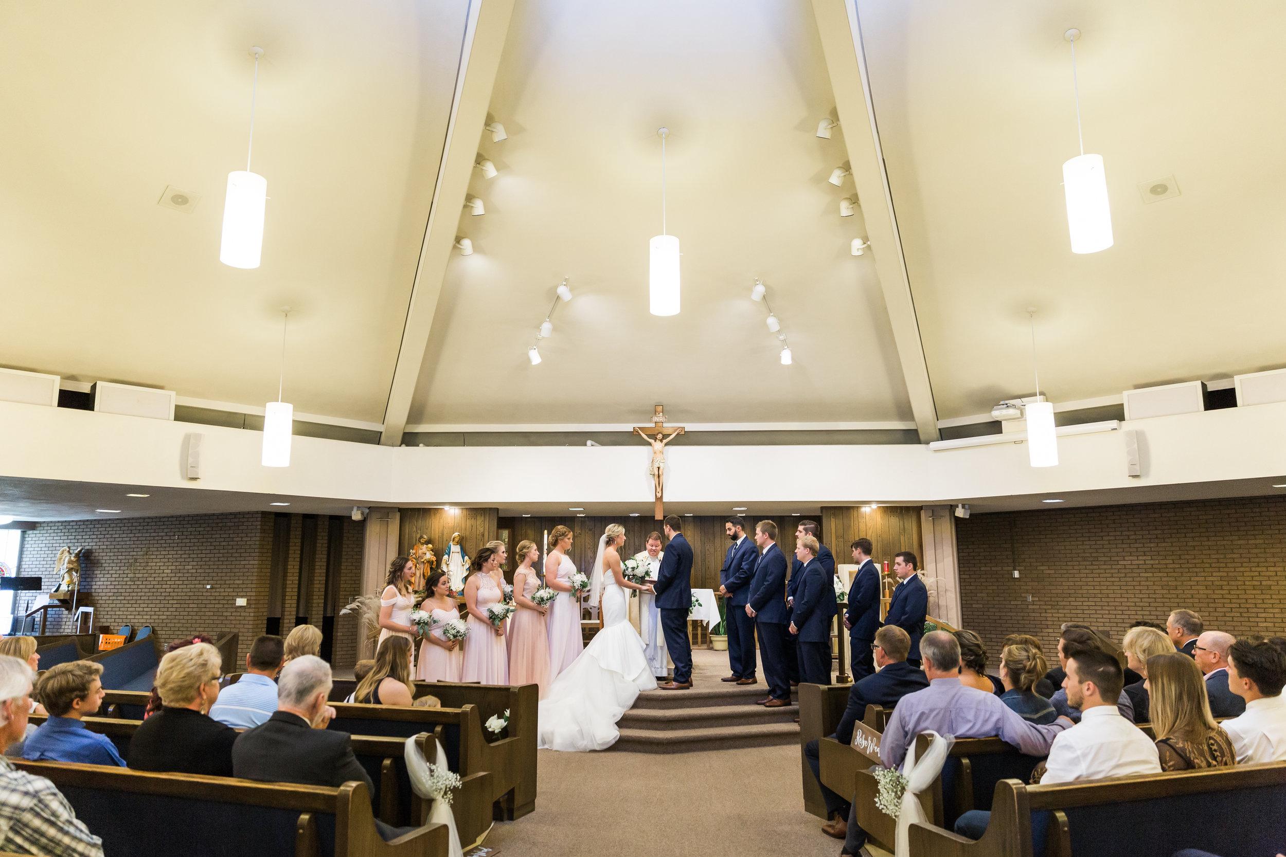 heartfeltcentraliowawedding-32.jpg
