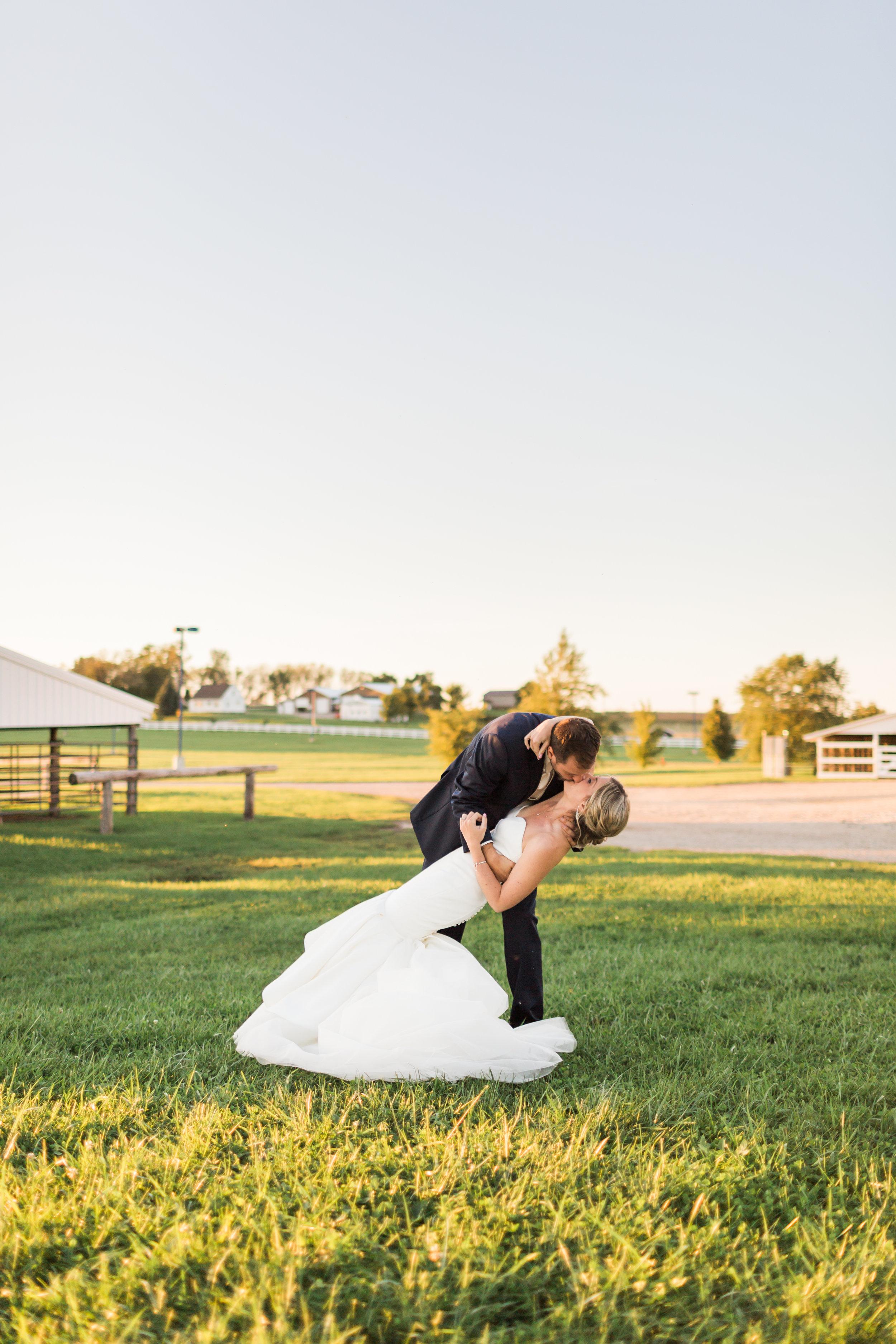 heartfeltcentraliowawedding-74.jpg