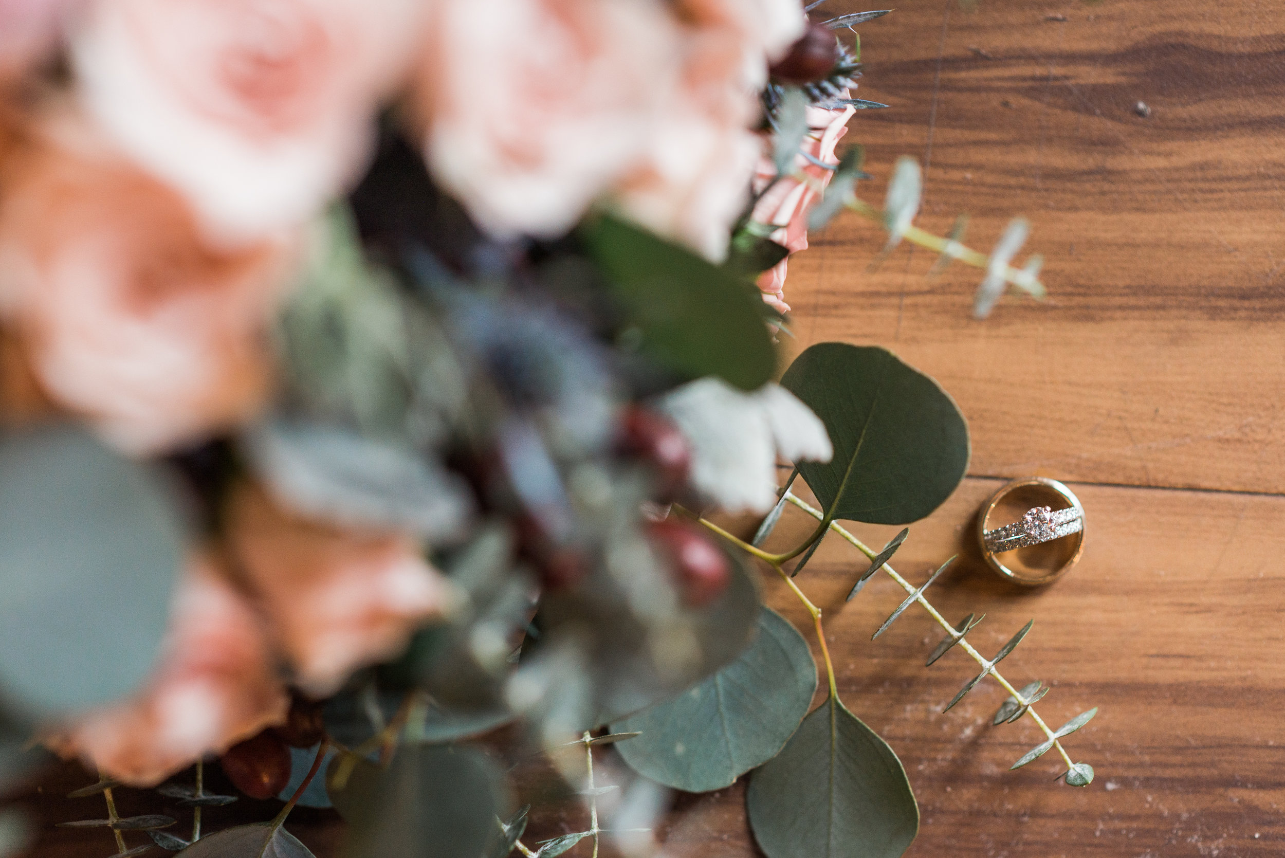 elegantcentraliowawedding-18.jpg