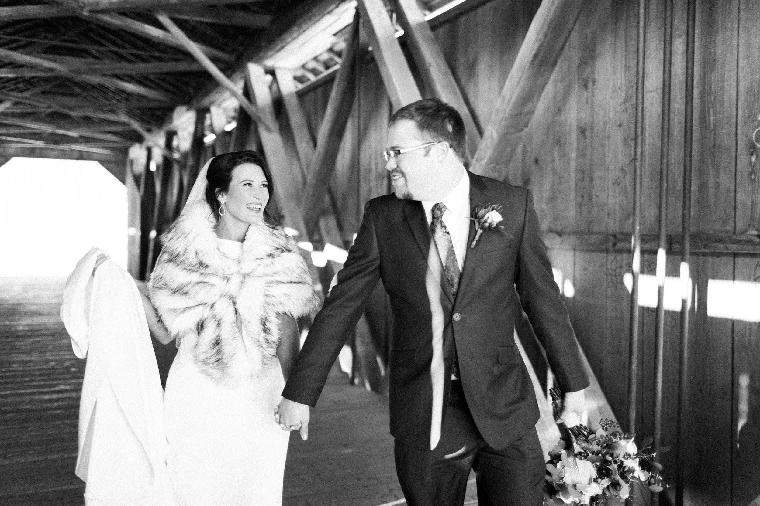 elegantcentraliowawedding-40.jpg