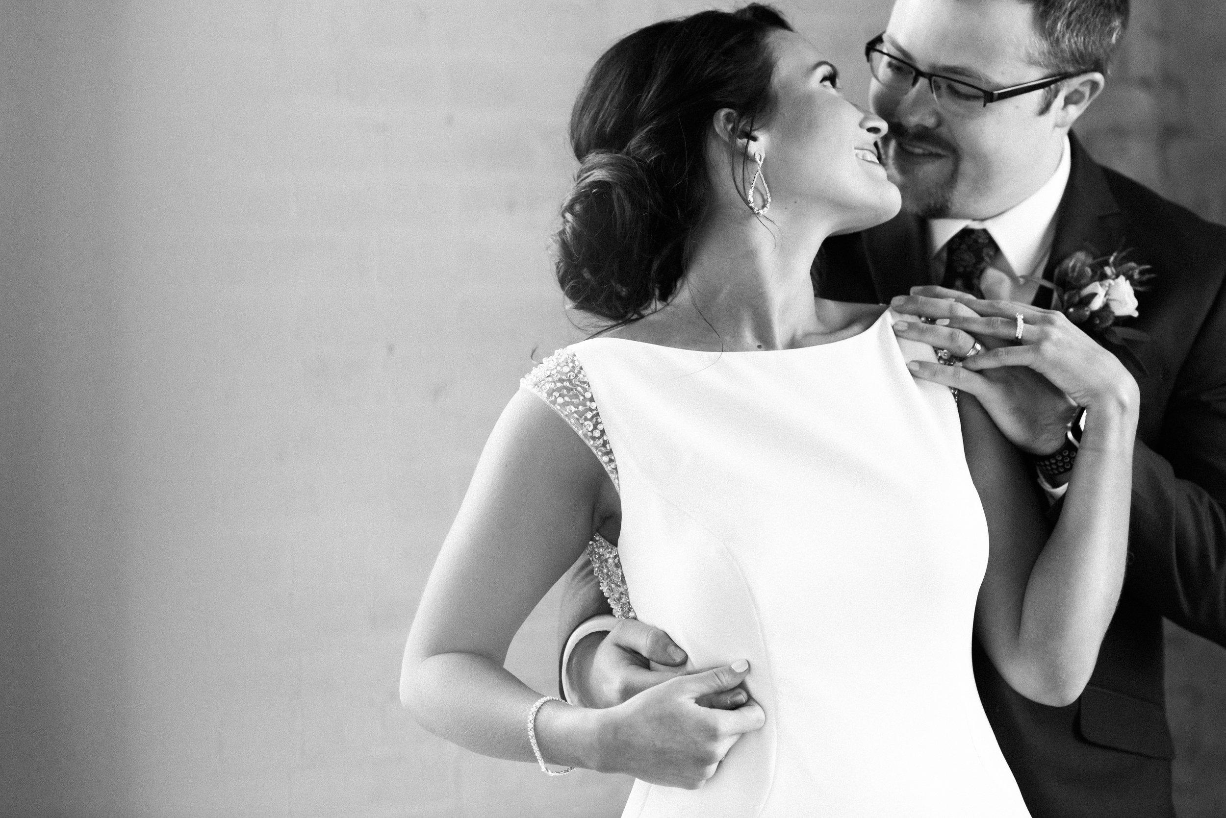 elegantcentraliowawedding-60.jpg