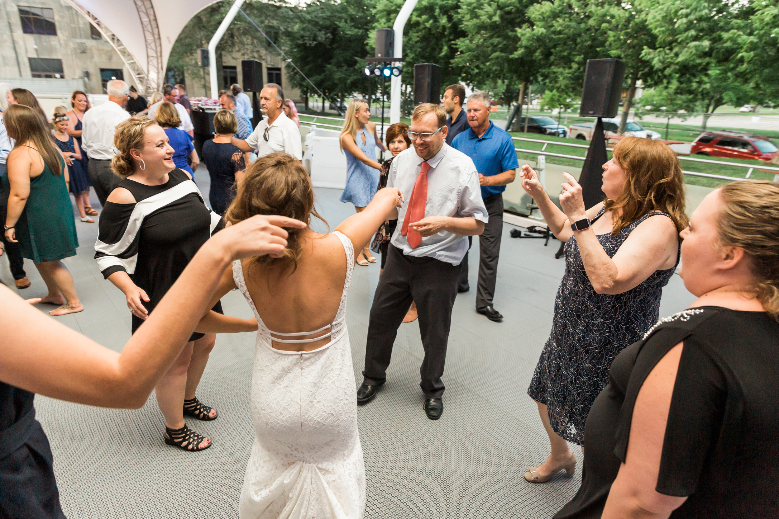 timelessdowntownwedding-84.jpg