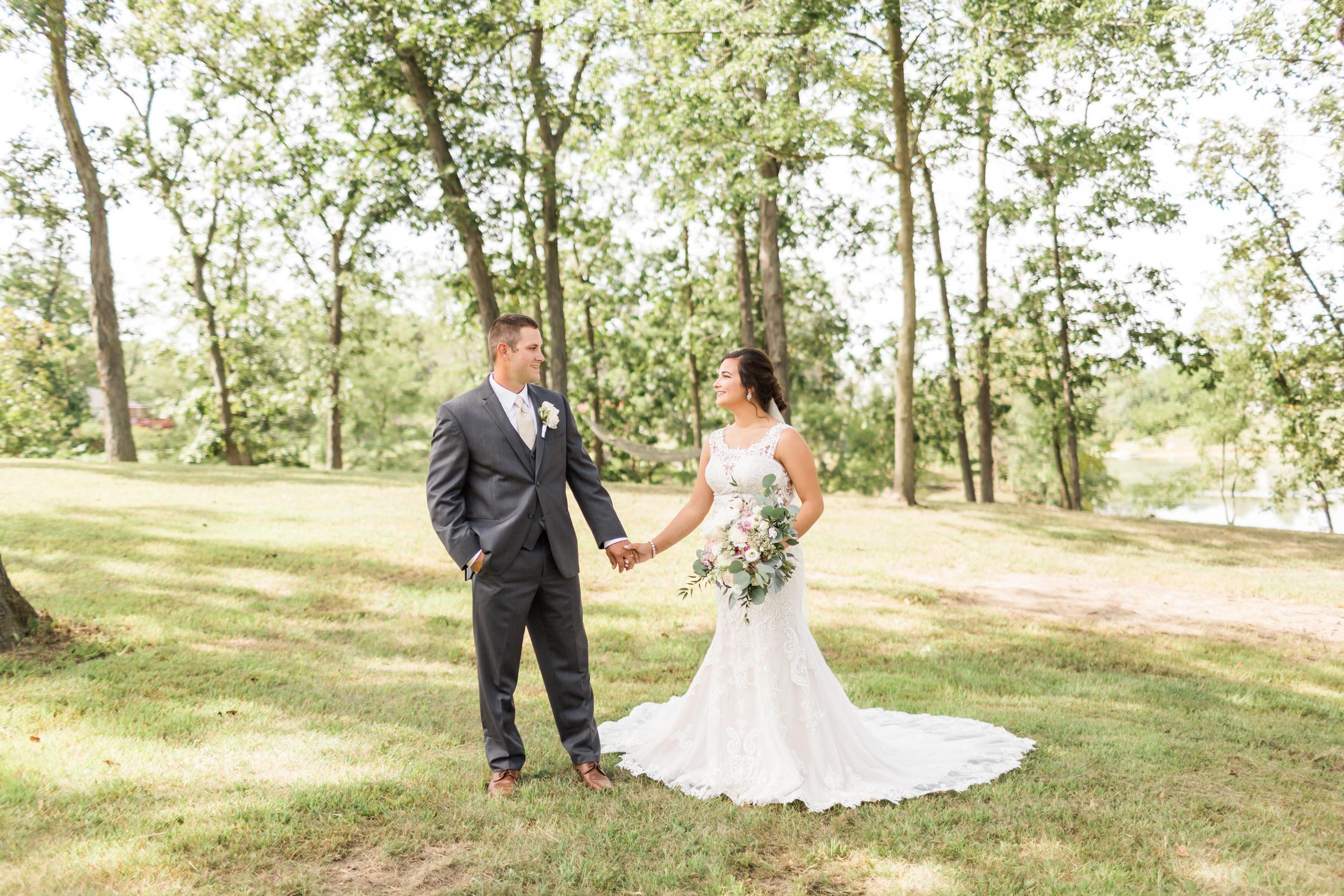 romanticcountrywedding--39.jpg