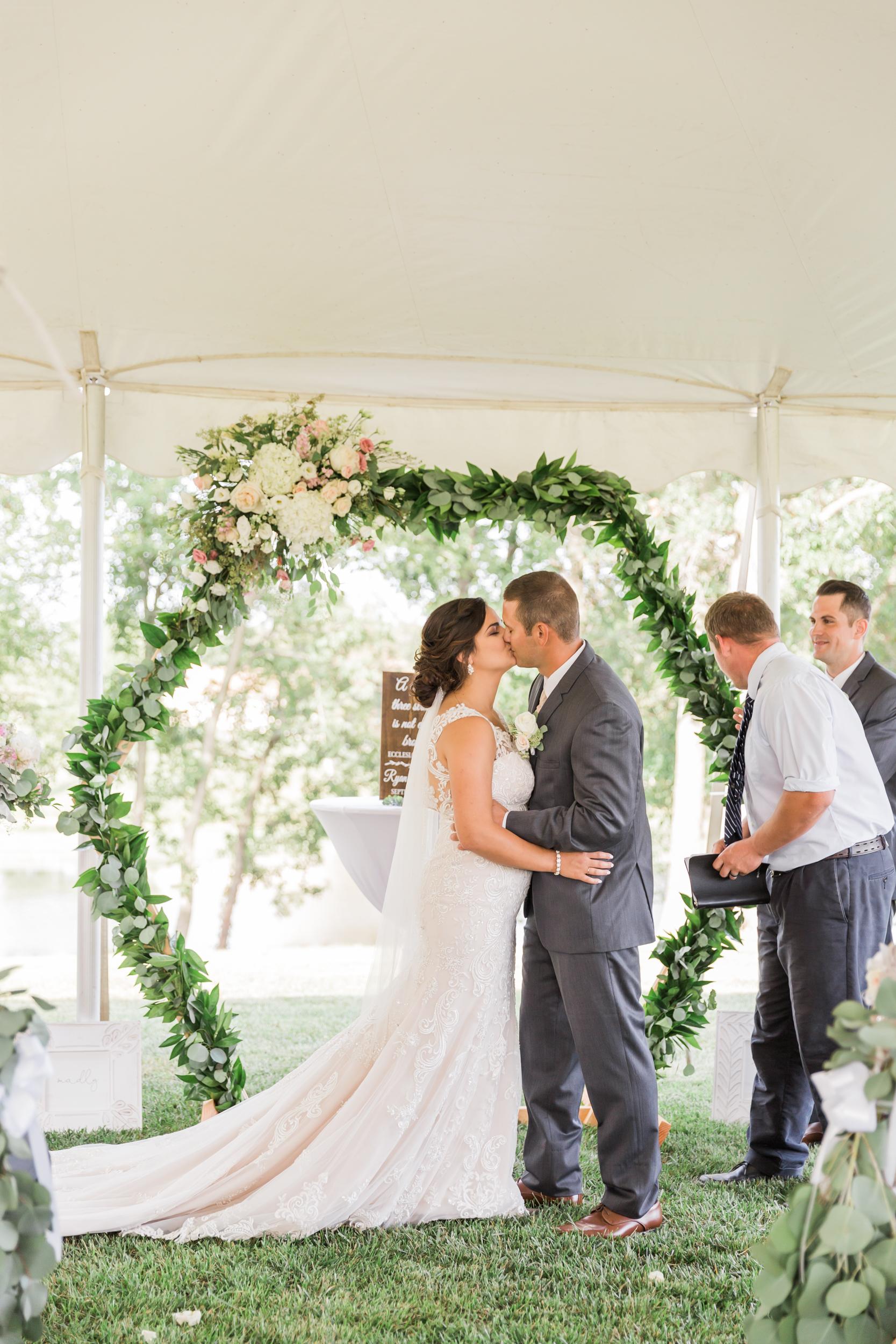 romanticcountrywedding--53.jpg