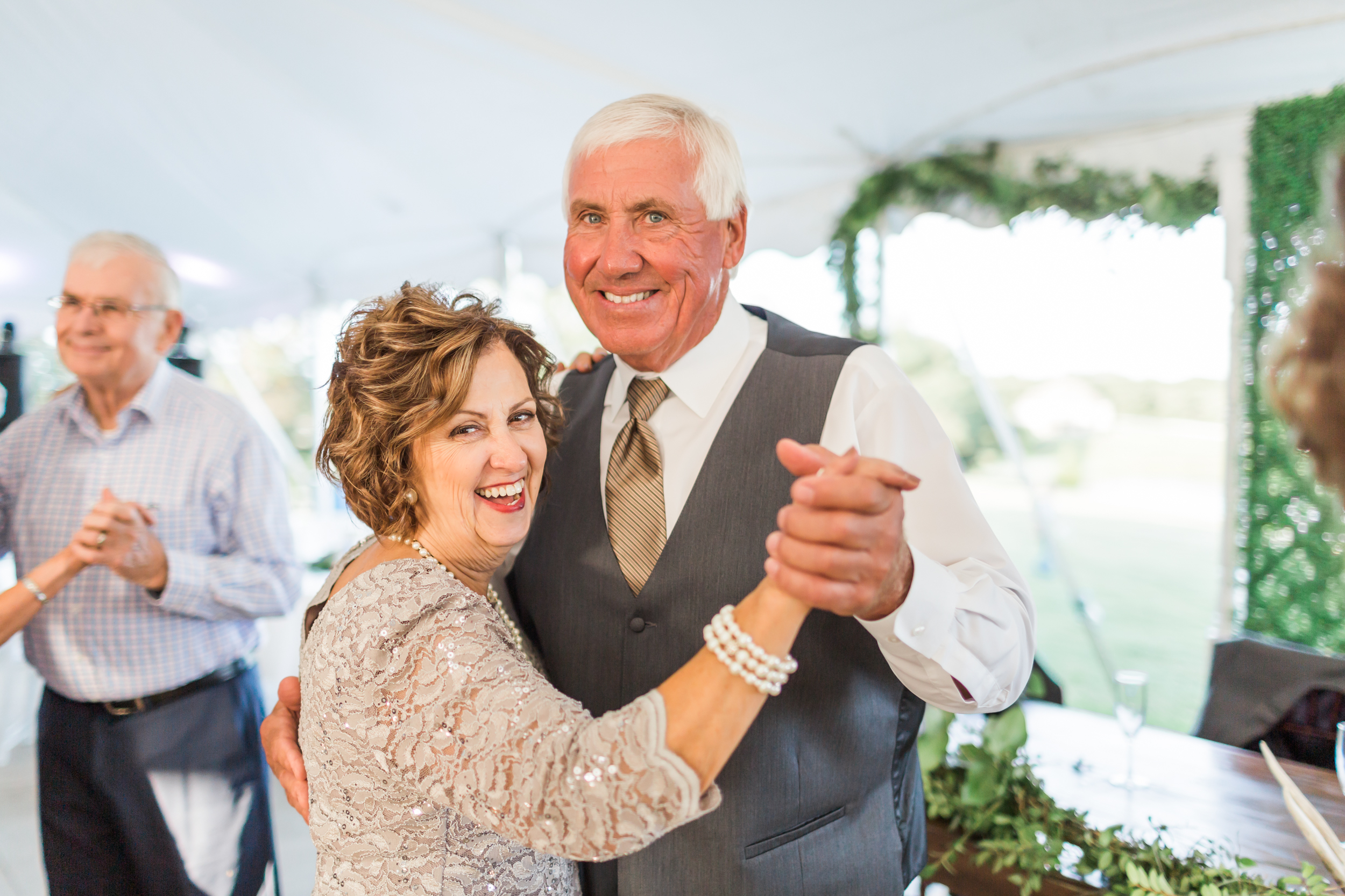 romanticcountrywedding--66.jpg