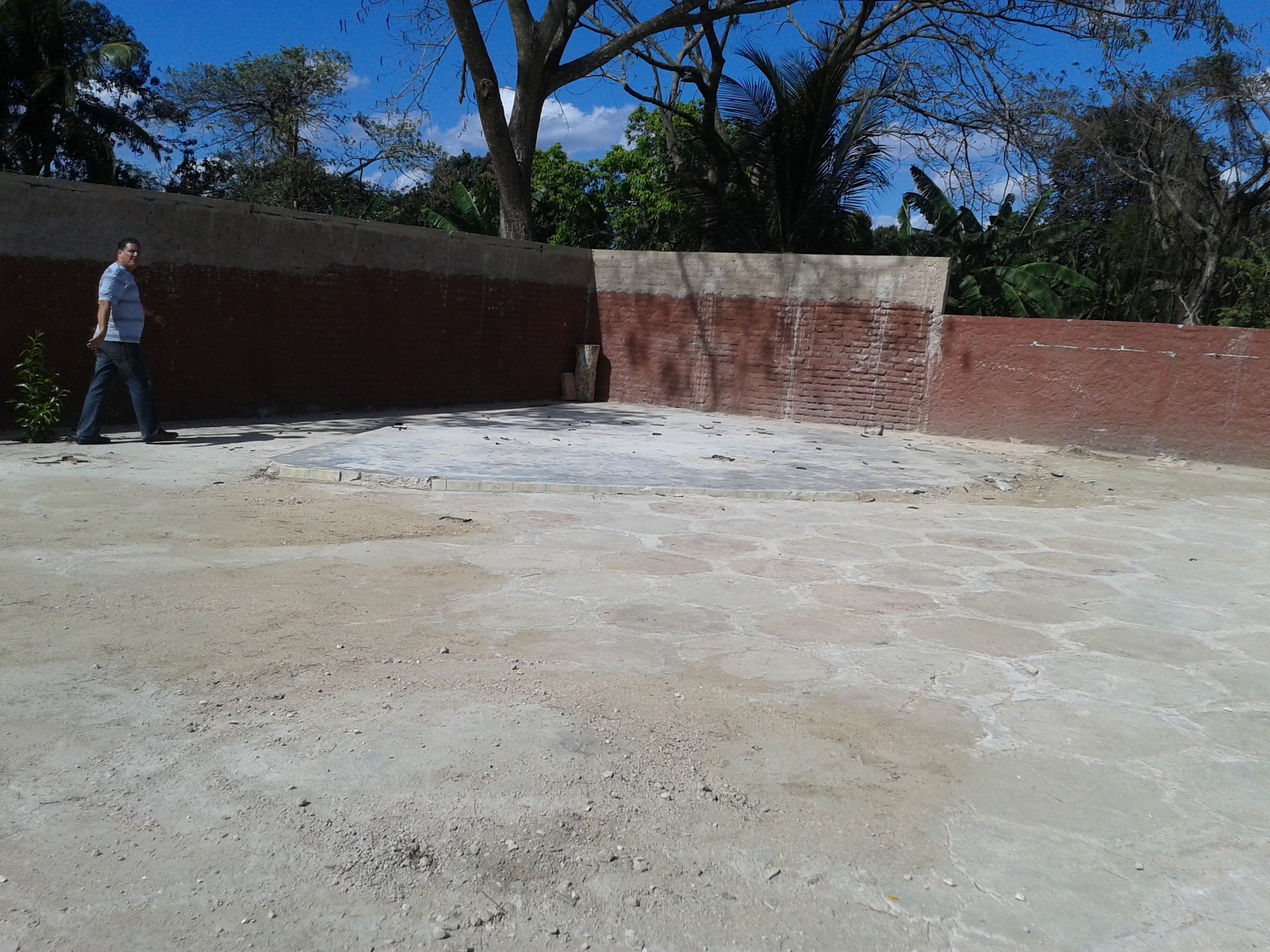 Empty site where the demolished ceiling of the temple Fire and Dynamics in Camaguey
