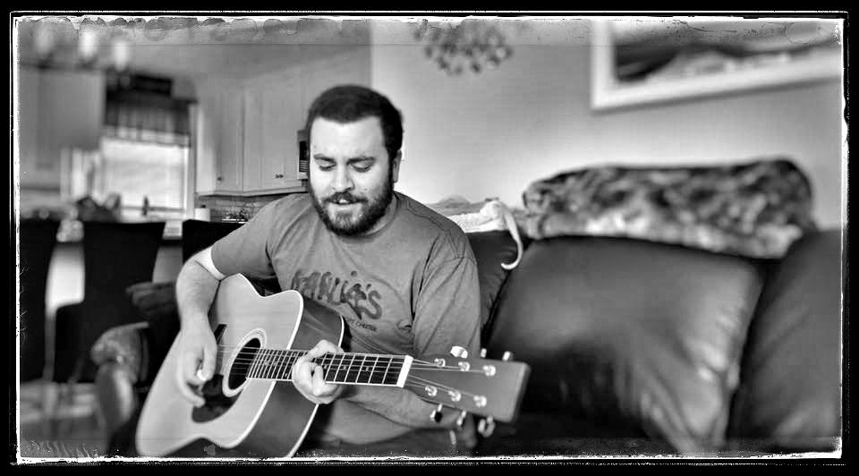 John Spignesi performs solo acoustic - July 2019