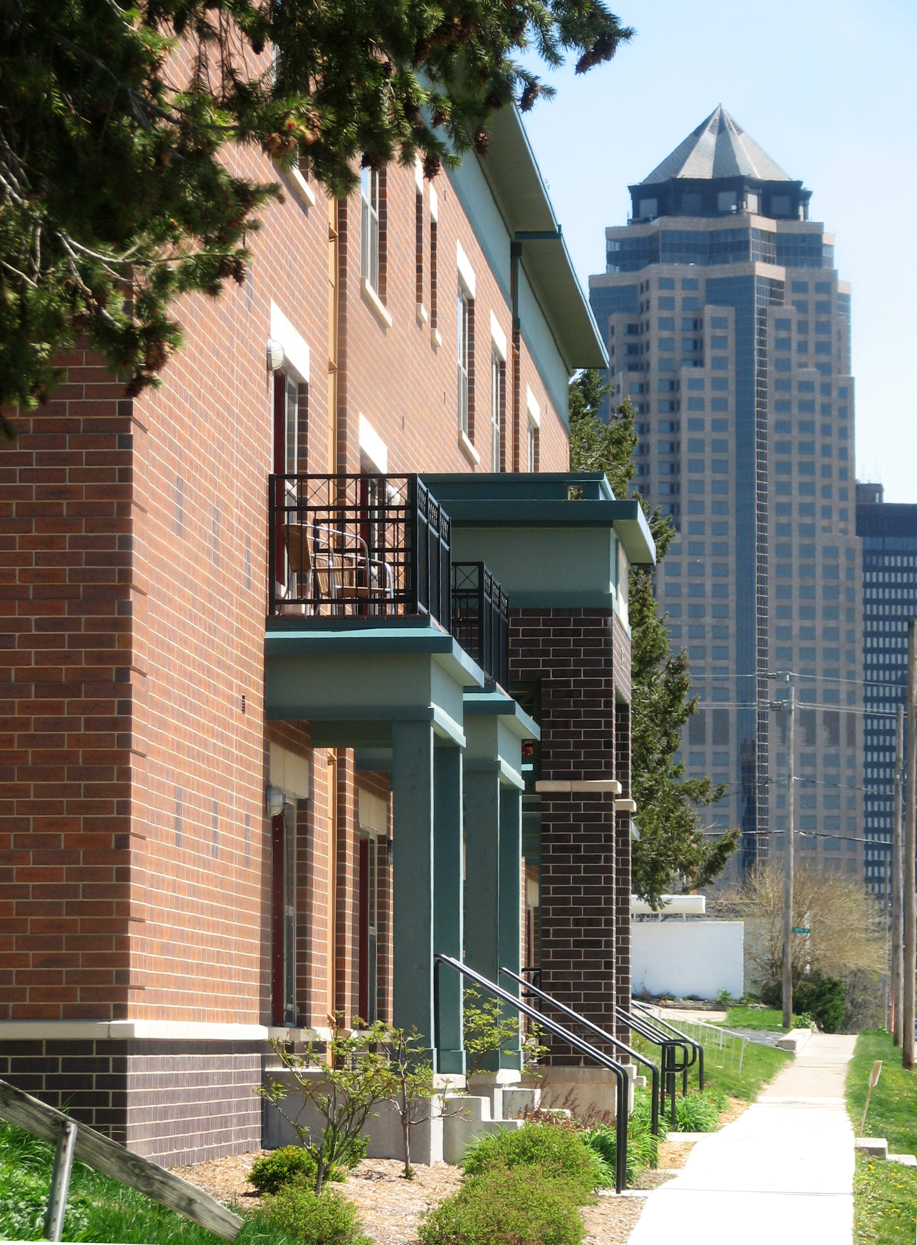 Stockbridge Apartments- Des Moines, IA