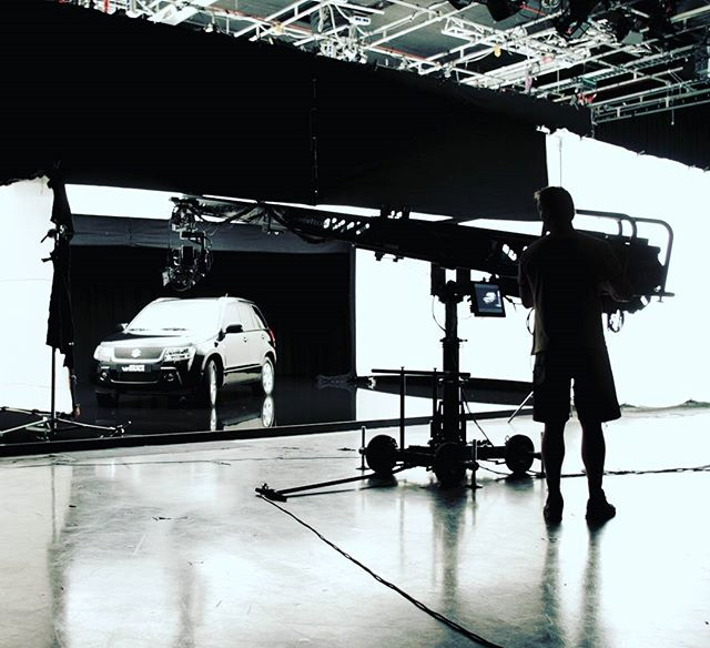 The New Technocrane 22 and the Susuki Grande Vitara. . . . . . #technocrane  #techno #producer  #productionlife  #onset  #director  #dp #dırectorofphotography #camera  #cameraoperator #cameraassistant #production #setlife  #supertechno #cinema #americancinematographer  #cinematography #asc #musicvideo #instagood  #photooftheday #worklife  #alexa  #peoplescreatives #cars #susuki #anamorphic #love  #studio #goodvibes