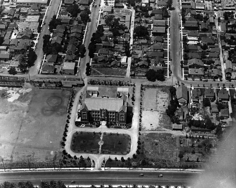 Unknown year:  Aerial view of LOYOLA HIGHSCHOOL