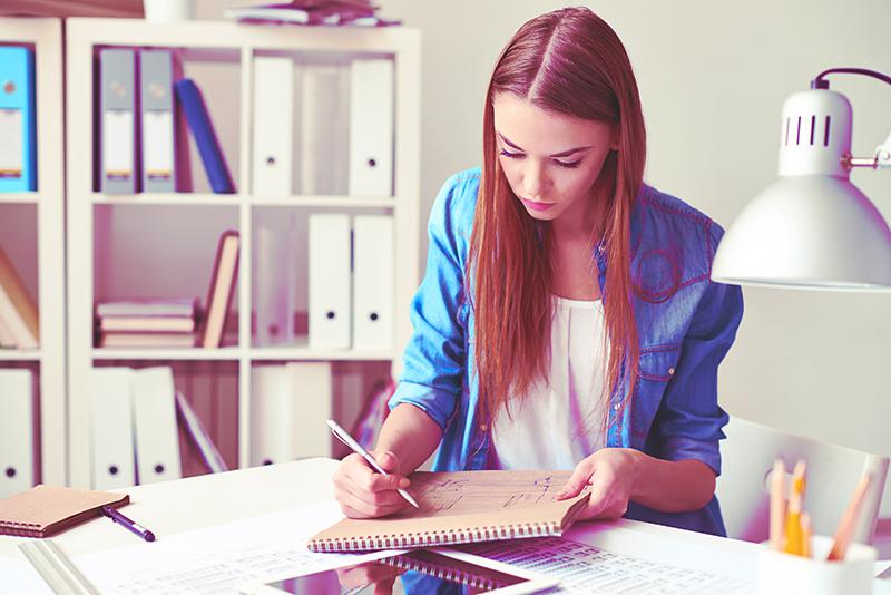 girl sketching.jpg