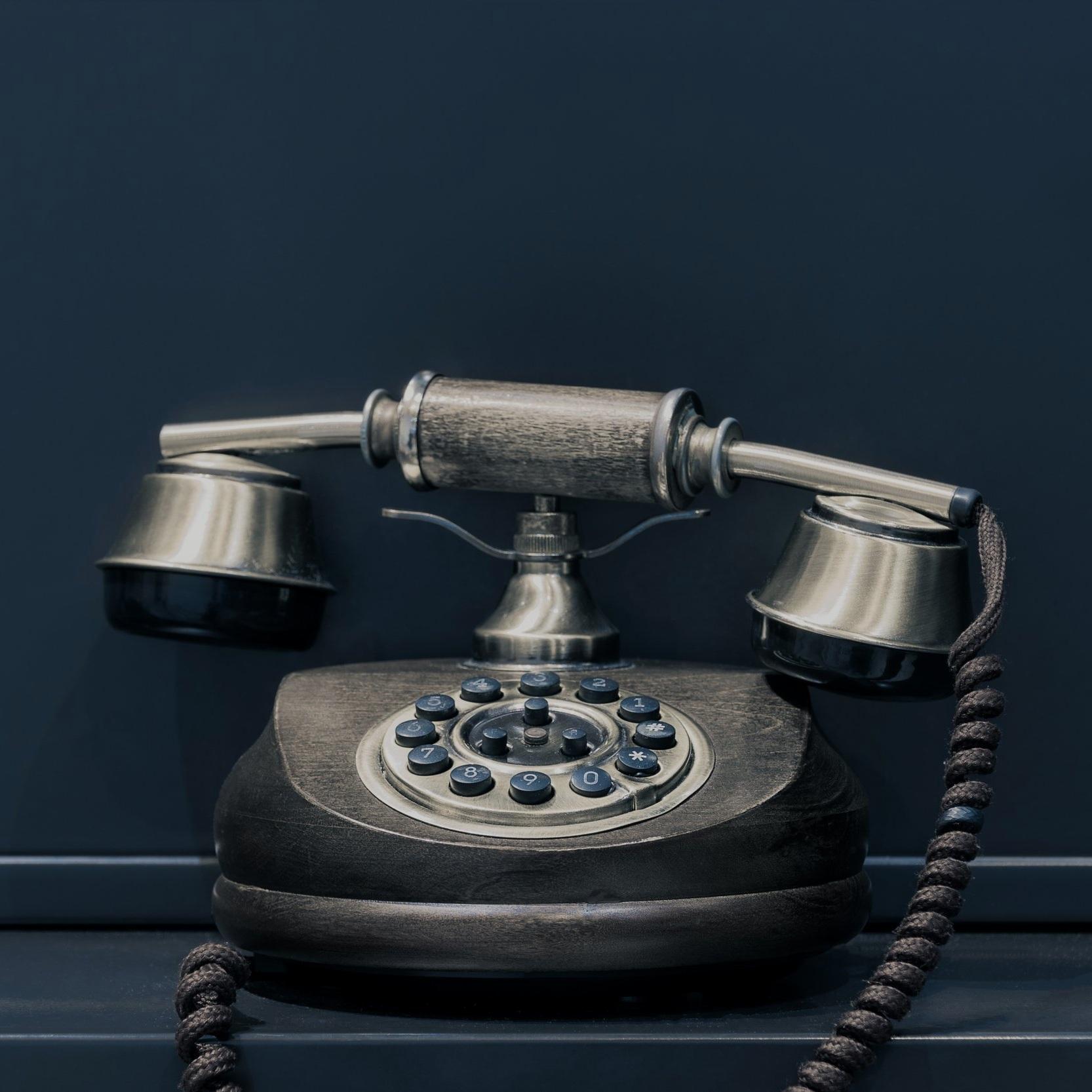 PHONE CALL -