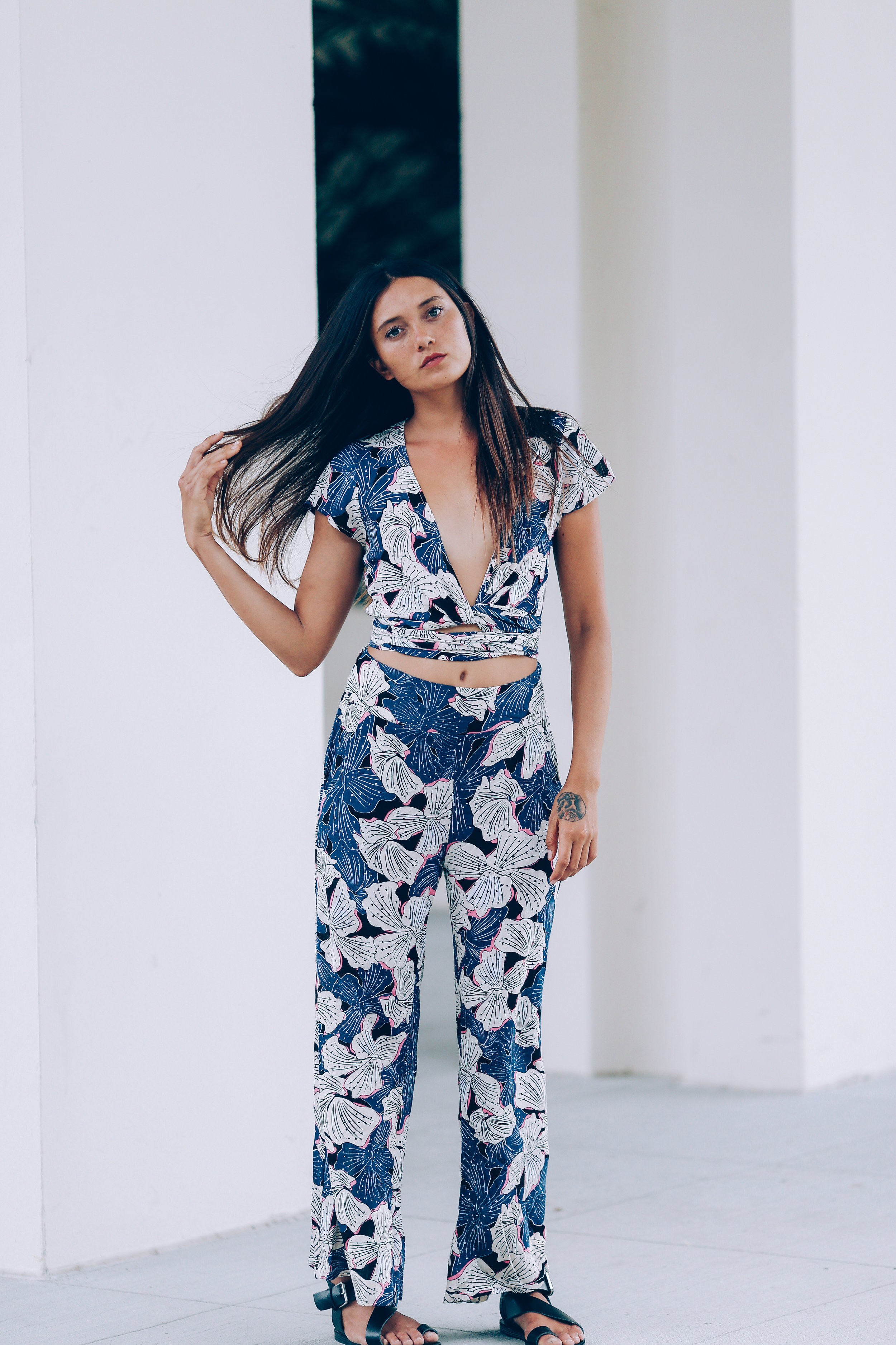 Top Yasmin//Pant Thea -