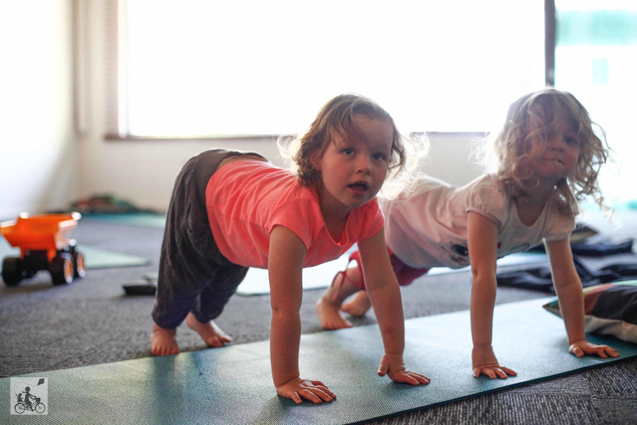 Mamma Knows East - Dashanti Yoga