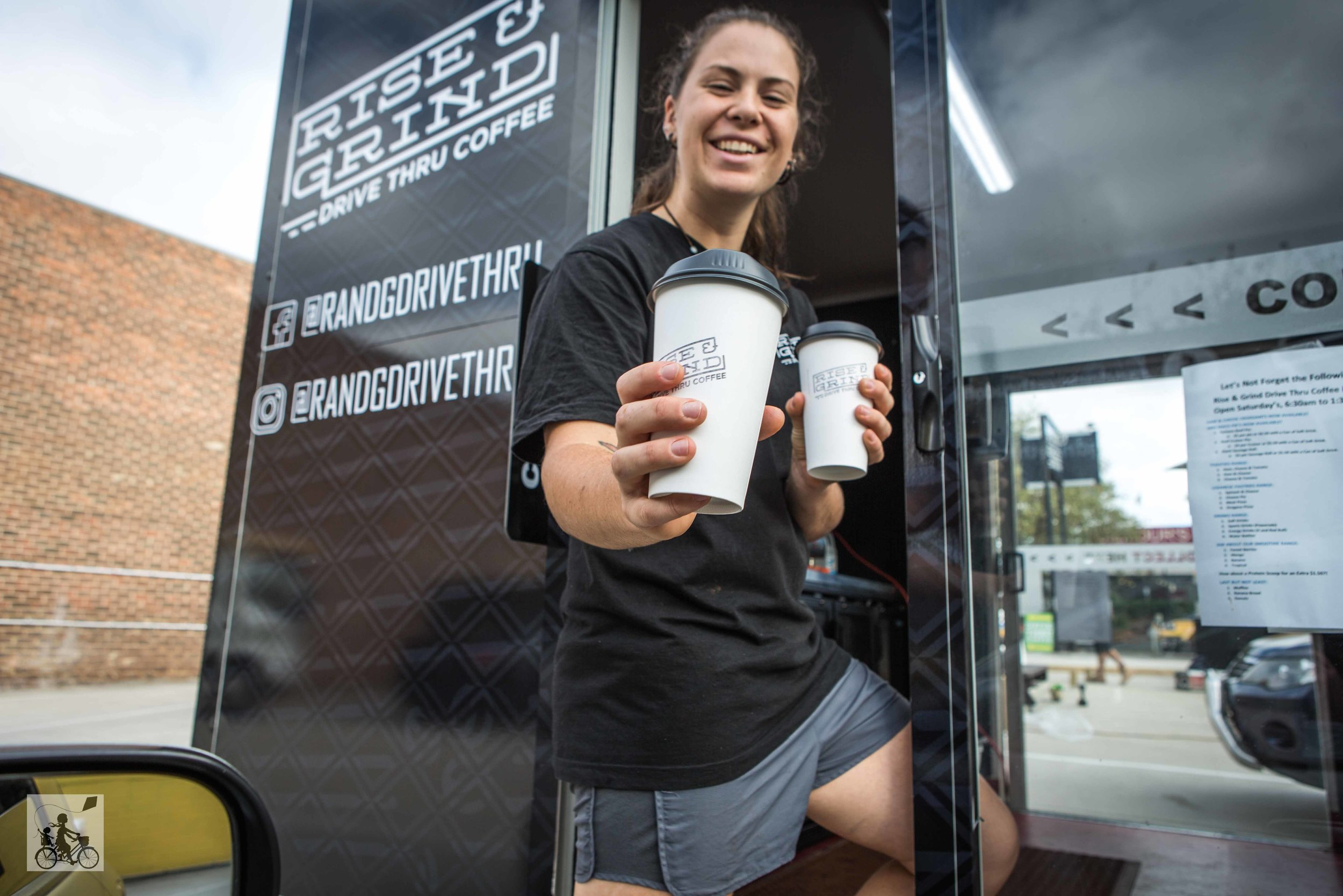 Mamma Knows East - Rise and Grind Drive Thru Coffee Mitcham (8 of 11).jpg