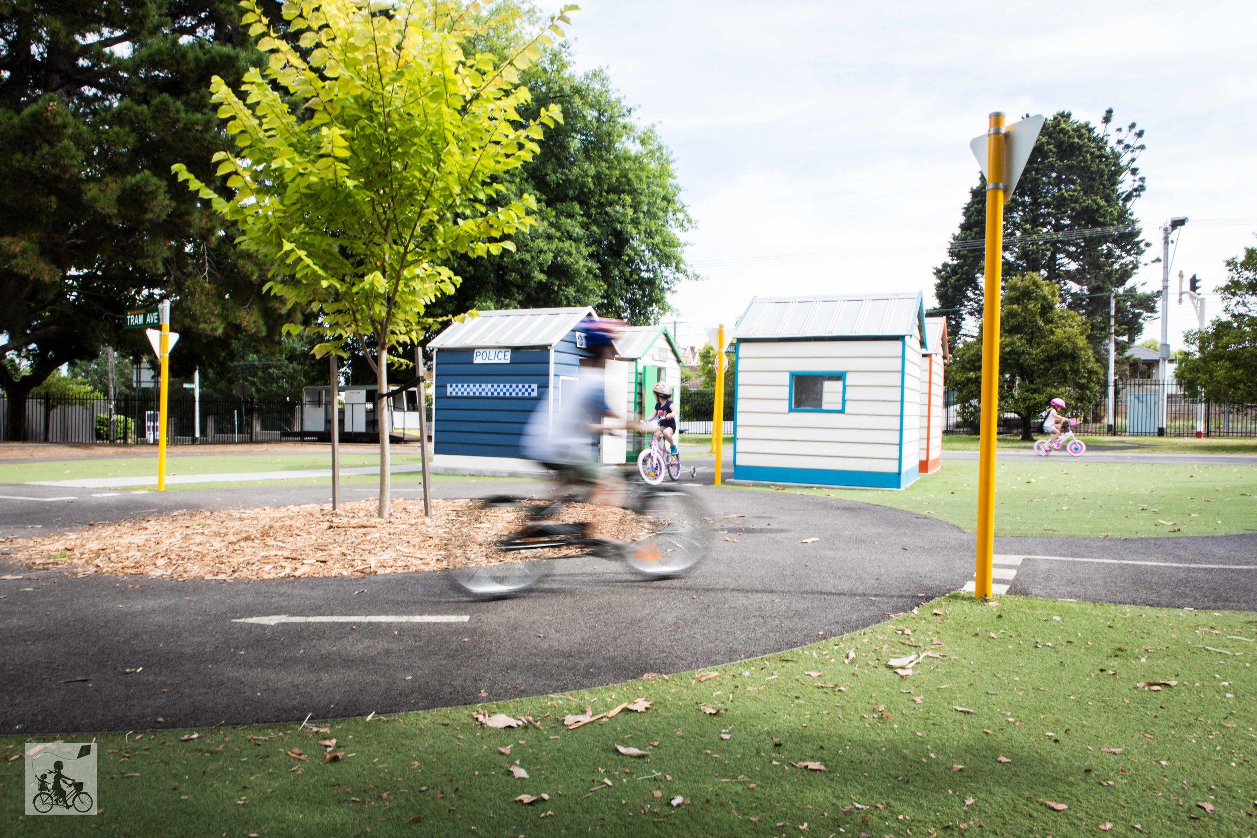 Kew Traffic School 2019 - Mamma Knows East (9 of 40).jpg