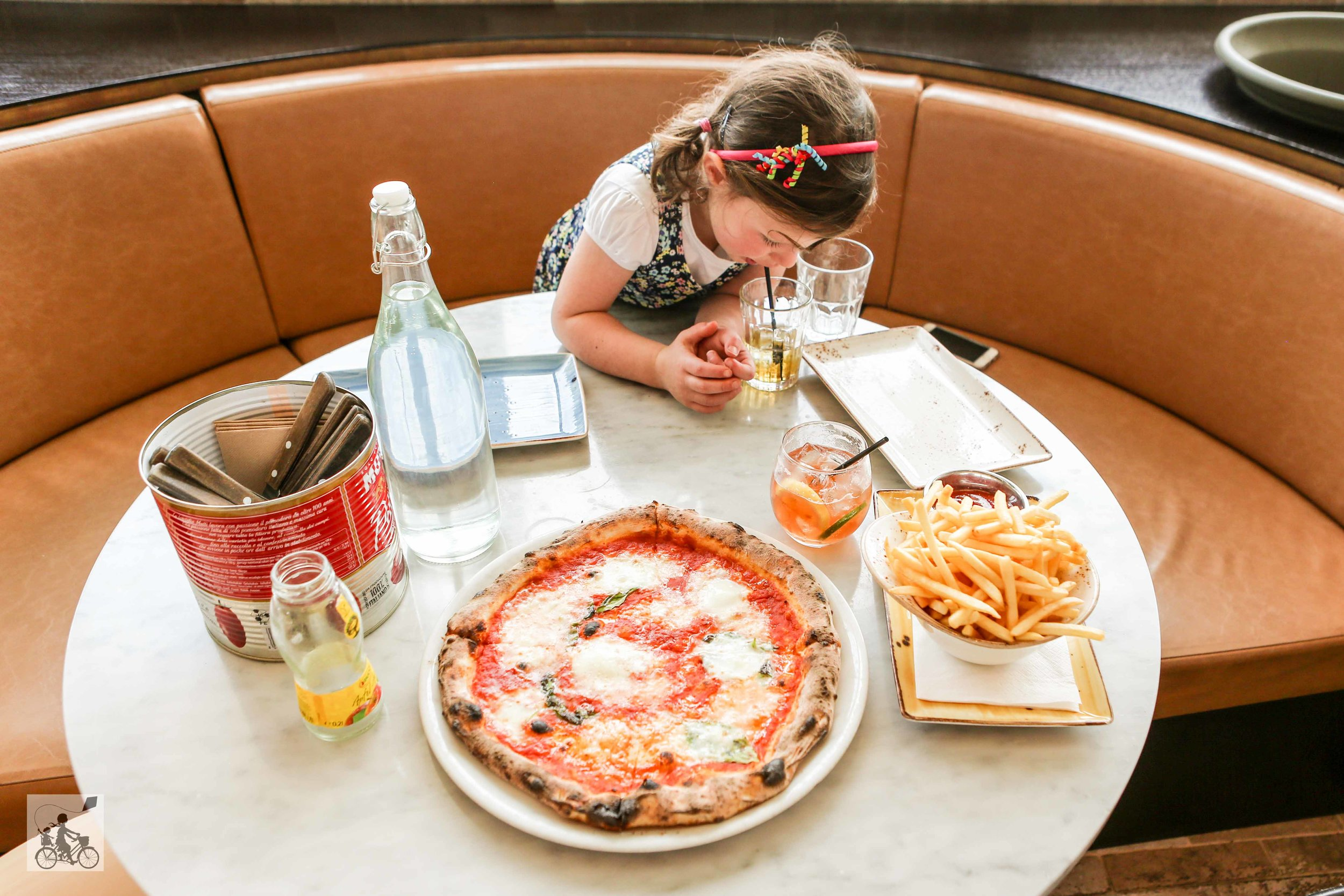 Woodstock Pizza - Mamma Knows East (7 of 13).jpg