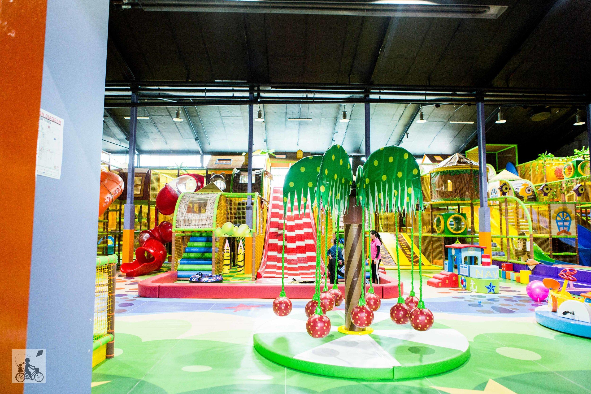 Rainbow Town Playcentre Glen Waverley - Mamma Knows East (33 of 44).jpg