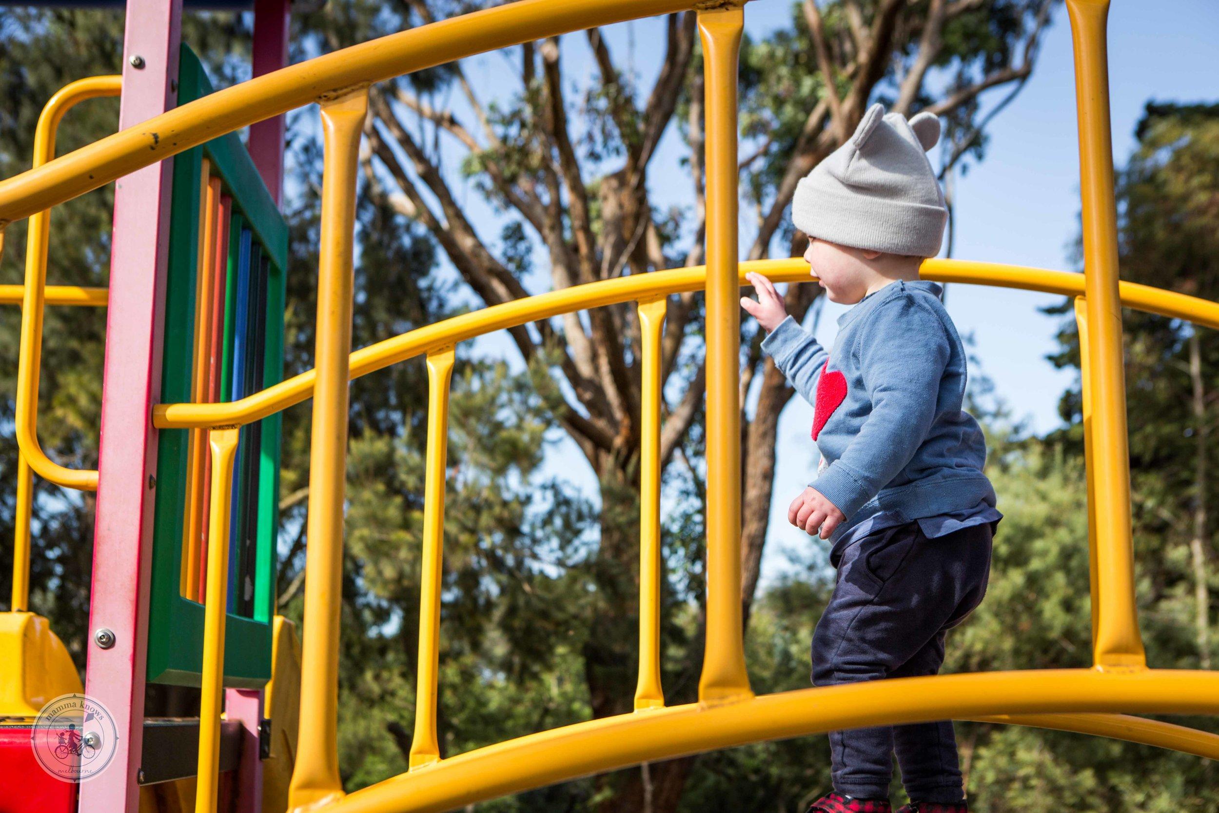 Rainbow Playground Inverloch (3 of 7).jpg