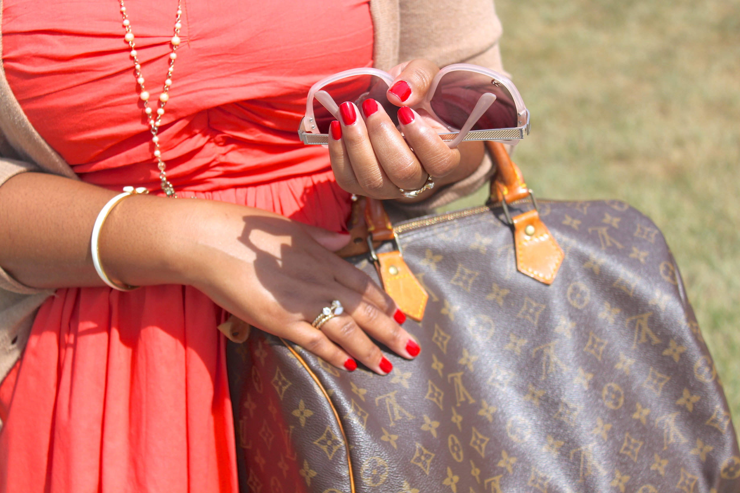 Personal Styling - red nails_bag