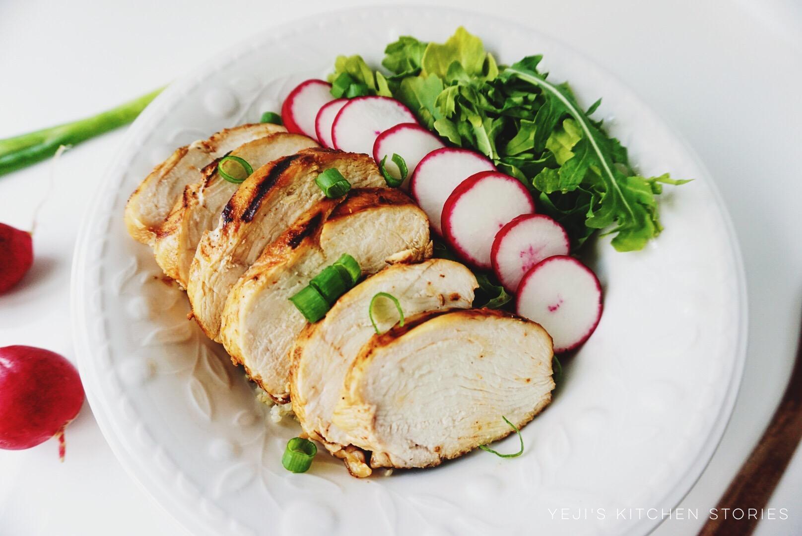 grilled-chicken-quinoa-salad