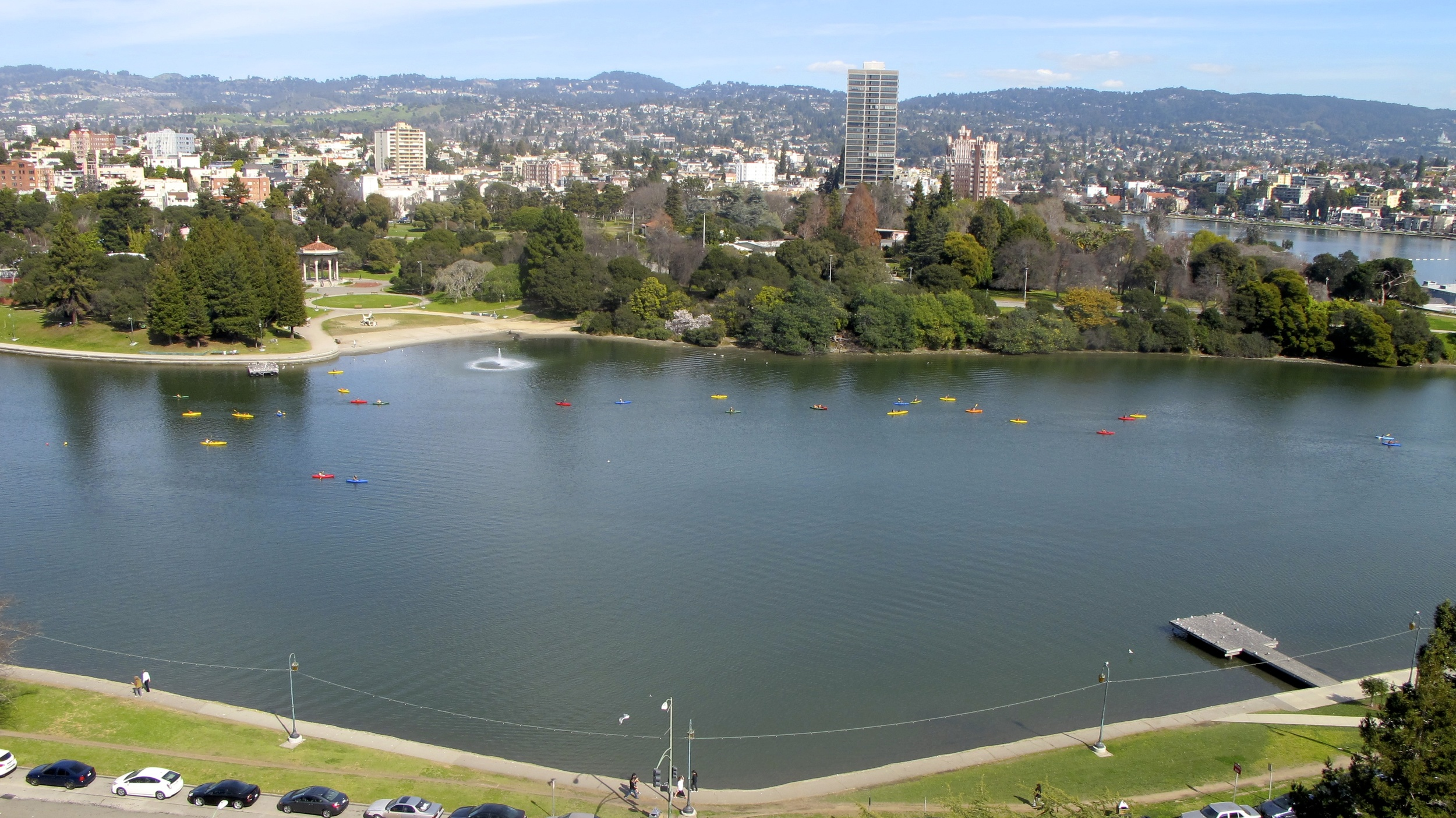 a snapshot I took while showing a Lake Merritt front co-op apartment