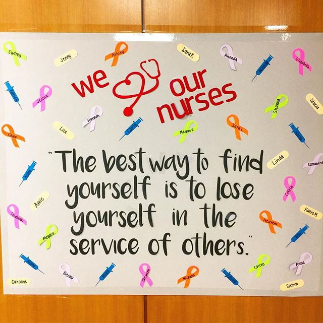 I saw this as we were walking into #simoncancercenter in Indianapolis a couple of weeks ago. How true is this? Losing yourself in the service of others is truly the way you find yourself and your calling. The nurses at Simon are truly angels and we appreciate them so much. People who can deal with seeing such a horrible disease like cancer impact so many people's lives, with strength and grace are truly amazing. To all the nurses (and Dr's) out there who care for us and our loved ones, thank you. It means so much!