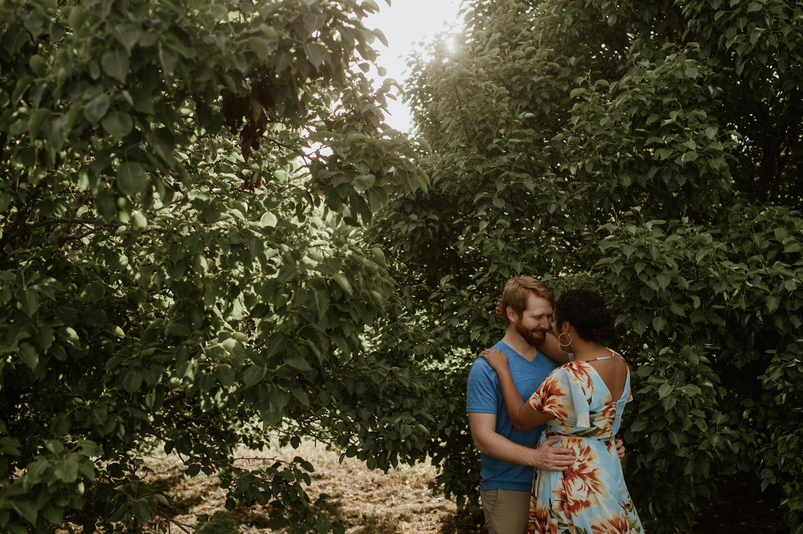 Ashleigh and Eric's West Des Moines Engagement Session | Des Moi