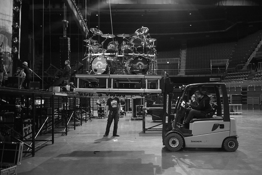 Touring Solutions - Volbeat European Arena Tour 2013 - Stage Set Up.jpg