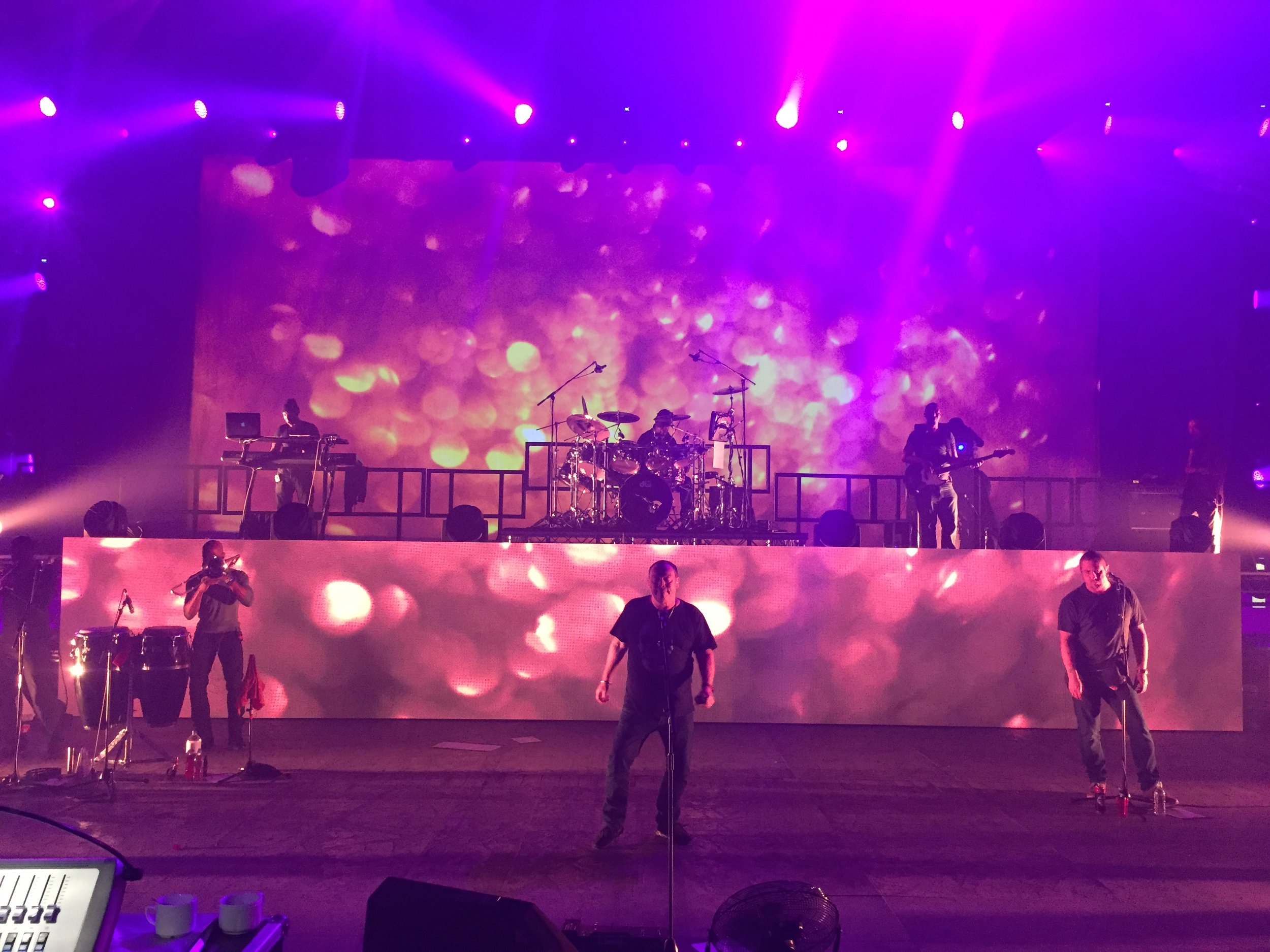 Touring Solutions - Ali Campbell UB40 UK Tour 2016 - Band Onstage 1.jpg