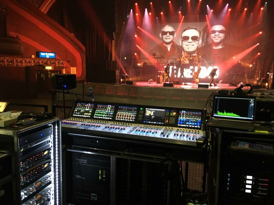 Touring Solutions - Ali Campbell UB40 UK Tour 2016 - FOH.jpg