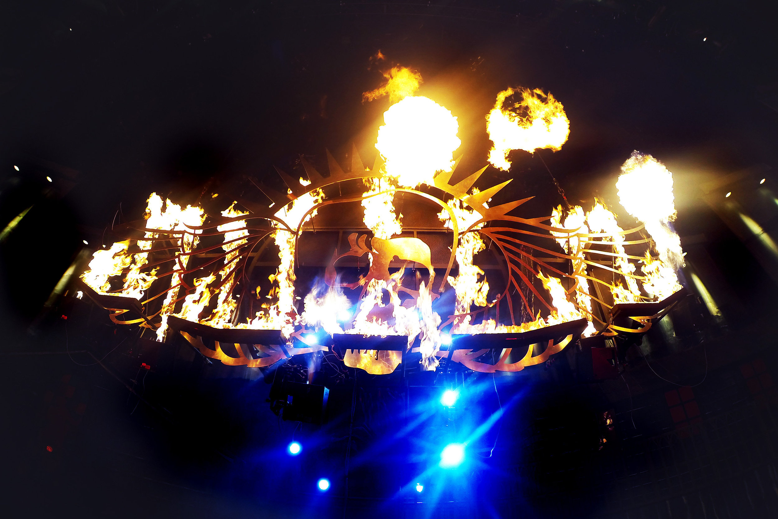 Touring Solutions - Volbeat European Arena Tour 2013 - Skullwing Fire.jpg