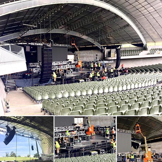 Loading in for the first of two shows in Melbourne. Tonight's show at Sidney Myer Music Bowl. Tomorrow's show will be at Festival Hall #touringsolutions #production #ms_laurynhill #sidneymyermusicbowl #festivalhall #melbourne #australia