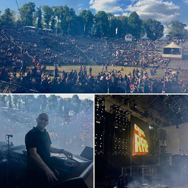 We have loaded in, set up and doors are open!!! What a tremendous effort from the team after a 14hr journey and very late load in!! #touringsolutions #production #stevealflatt #godsofrap #parkbühnewuhlheide #berlin
