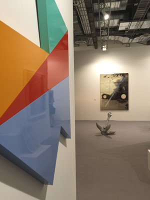 6 Art Stage Singapore 2016: A delicate balance: Chloe Wolifson,  Singapore    Sullivan+Strumpf booth, installation view, Art Stage Singapore, 2016, with work (from left) of Sydney Ball, Alex Seton and Sam Leach; image courtesy Sullivan+Strumpf, Sydney