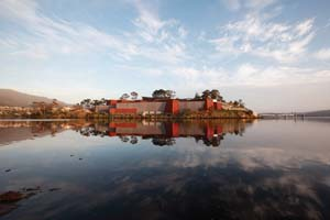 4 The MONA Manifesto: SARAH SCOTT   MuseUm of Old and New Art from Little Frying Pan Island, Derwent River, Hobart, Tasmania. Image courtesy the Museum of Old and New Art; all photographs by Leigh Carmichael.