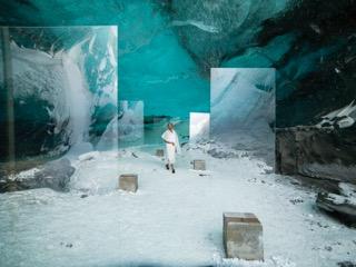 Isaac Julien,  En Passage (Stones Against Diamonds) , 2015, Premier Photograph, 180 x 240cm, Edition of 6 plus 1 AP; image Courtesy the artist and Roslyn Oxley9 Gallery, Sydney