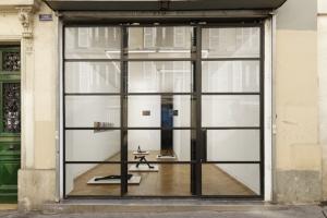 5 Centre and periphery: Establishing Galerie Allen in Paris: Caroline Hancock,  Paris    Boris Achour,  12XU , exhibition view, Galerie Allen, Paris, 12 May – 23 July 2016; image courtesy the artist and Galerie Allen, Paris; photo: Aurélien Mole