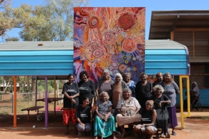 1 Dispatches: Andrew Stephens   Tjala Arts women's collaborative painting for the APY Art Centre Collective and Purple House Fundraiser auction in Adelaide on 15 October 2017; image courtesy the artists and Ernabella Arts, Pukatja