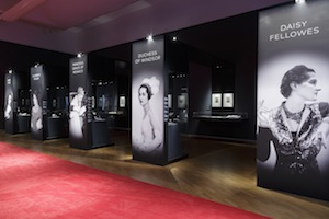 4 art history which sparkles: 'cartier: the exhibition' at the nga: patricia anderson,  canberra     Cartier: The Exhibition , exhibition installation view, National Gallery of Australia (NGA), Canberra, 2018; image courtesy NGA, Canberra