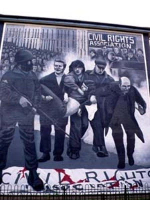 7 The battle of the Bogside Artists in Derry, Northern Ireland: CHRIS HOLMES   Bogside Artists,  Bloody Sunday , 1997, mural, Bogside, Derry