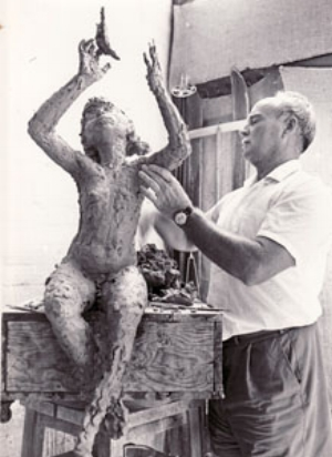 12 The Shaping of a Sculptor: John Dowie (1915 – 2008): DENNIS COLEMAN   Dowie at work (possibly overseas)