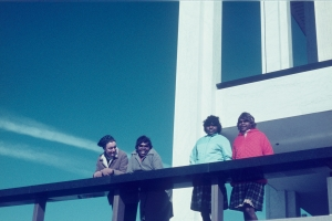 12 because of her, we can!: revisiting early women's art at ernabella: hannah kothe   Marea Gazzard, Yipati Kuyata Williams, Yayampi Brown and Nyukana (Daisy) Baker at a lighthouse, South Coast, New South Wales, 1971; image courtesy Sturt Permanent Collection, Mittagong