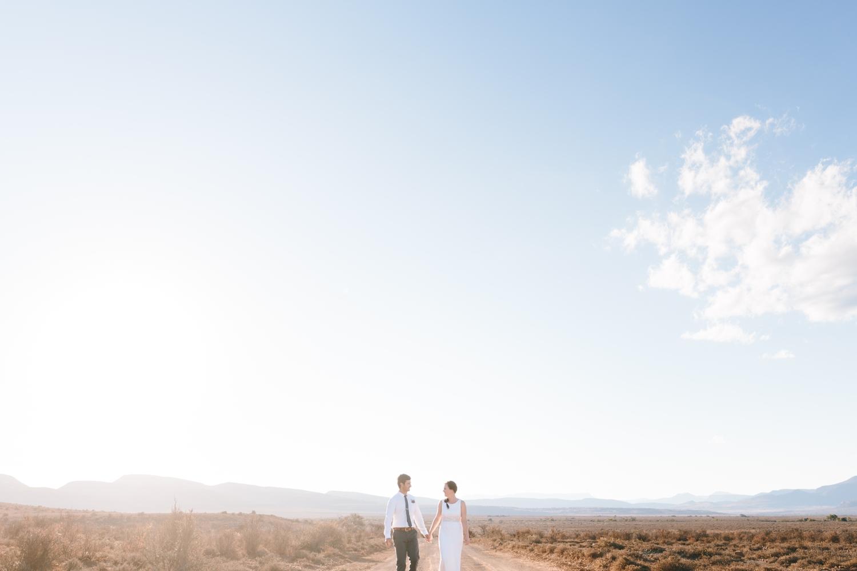 intmate-elopement-eastern-cape-south-african-wedding-photographer-valley-karoo-graaf-rienet50.jpg