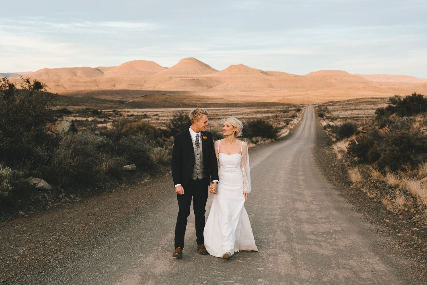 eastern-cape-south-african-wedding-photographer-ganora-nieu-bethesda-karoo-lauren-charlieray127.jpg